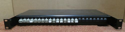 Fibre Channel 24-Port Rack Mount Black Patch Panel With 16 Port Connectors